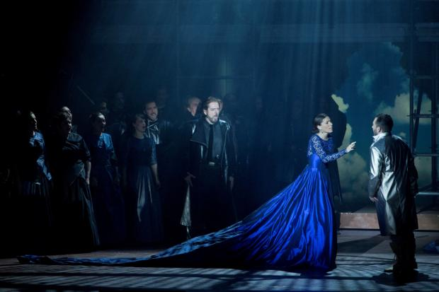 lucia di lammermoor photo by peter rakossy
